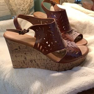 Wedges- Maurices 8.5